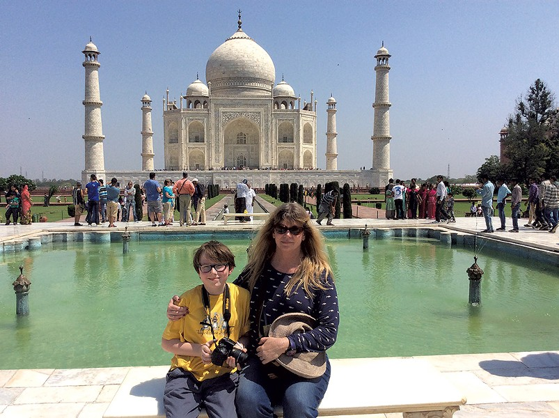 Nancy and David in front of the Taj Mahal