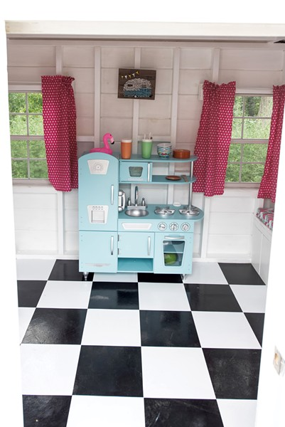 Vintage-style play kitchen - COURTESY OF RICH LEVINE