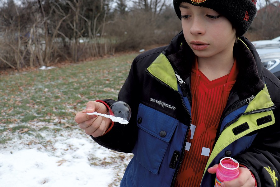 Making frozen bubbles - COURTESY OF JANET FRANZ