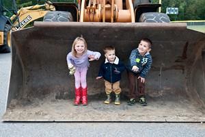 kids_in_bucket_loader.jpg