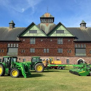 shelburne-farms-terrific-tractors-and-other-cool-machines-2016.jpg