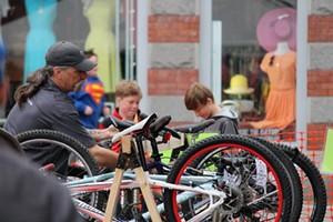 bike_swap_1.jpg