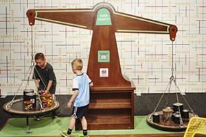 170417_childrensmuseum_measure_105.jpg