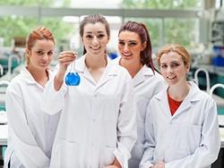 women-scientists.jpg