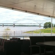 A Visit to Riverfront Bar & Grill