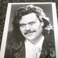 """Blue Collar"" comedian Ron White when he wasn't so white-haired."