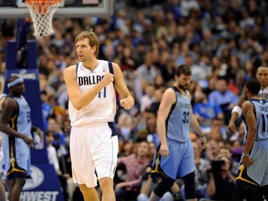 Dirk Nowitzki is back for the Mavericks.