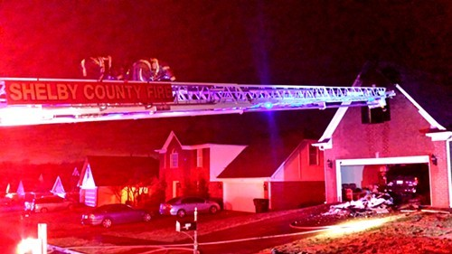 Firefighters put down a blaze early Friday morning at a Cordova home on Far Drive.