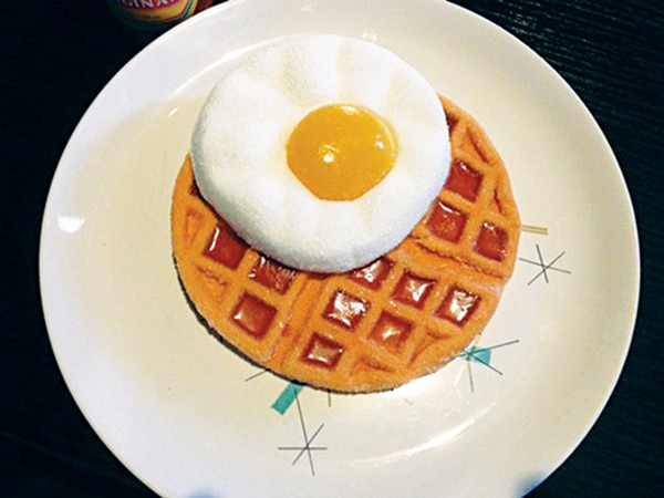 fly_friedeggonplate-w.jpg