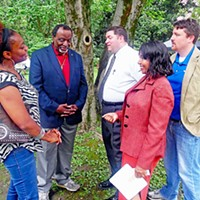 Lending a Hand Former Ambassador and GOP presidential candidate Alan Keyes in Memphis to help out Republican congressional candidae Charlotte Bergman JB