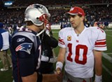 eli_manning_with_tom_brady.jpg
