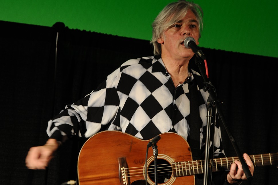 Robyn Hitchcock, performing at last years Indie Memphis.