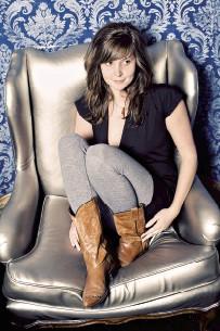 Lauren Callaway - BY MELISSA ANDERSON SWEAZY
