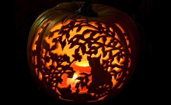 halloween-pumpkin-carving-and-lighting-ideas_01.jpg