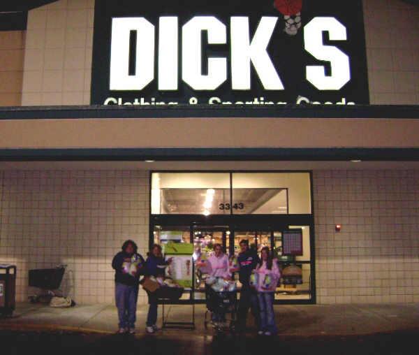 sd_friday_dicks_2.jpg