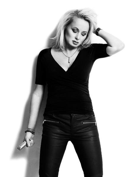 Louise Hoffsten - FREDRIK ETOALL
