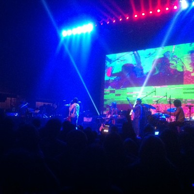 """Making Electricity"": 10 Shots from MGMT at The Orpheum"