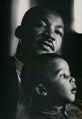 MLKONLINE.CM - Martin Luther King and son