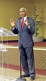 JACKSON BAKER - Mayor A C Wharton at Breath of Life Christian Church