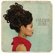 Memphis' Valerie June Wins Fans at ACM Awards