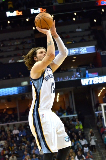 Mike Miller (shown here with different hair) had a solid performance last night along with the rest of the Grizzlies bench.