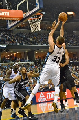 Marc Gasol didn't seem to be struggling much with a bone bruise suffered earlier in the week. - LARRY KUZNIEWSKI