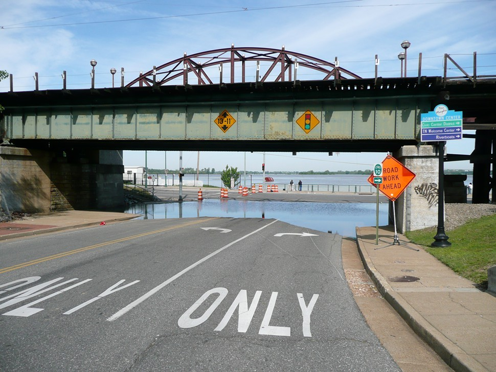 beale_st._bridge.JPG