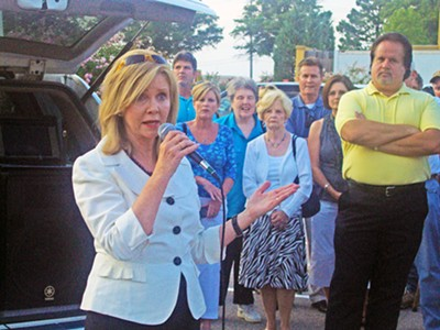 Rep. Blackburn addressing TeaParty crowd - JB