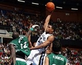 Rudy Gay takes it to the hoop against Unicaja.