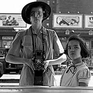 <i>Finding Vivian Maier</i>