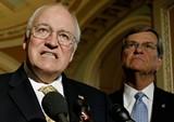 Senator Trent Lott ponders the mellifluous tones of Dick Cheney.
