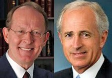 Senators Alexander (l), Corker