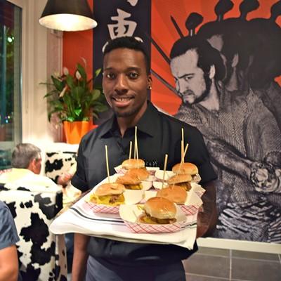 A Peek at Oshi Burger Bar