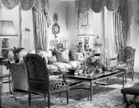 Signature style: a living room designed by William R. Eubanks