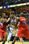 The Clippers manhandled Marc Gasol and the Grizzlies.