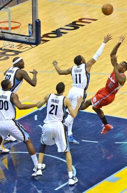 The Grizzlies defense held the Clippers to 16 points in the fourth quarter.