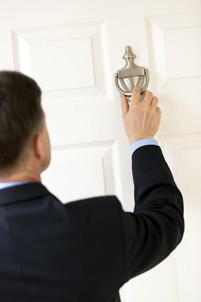 Can't you hear me knocking? - TMCPHOTOS | DREAMSTIME.COM