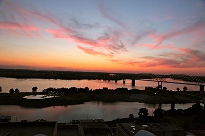 sunset-and-mississippi-river-views-from-the-roof-of-the-peab.jpg