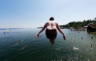 Surviving summer - REUTERS   MICHAEL DALDER