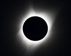 The total solar eclipse of 2017 - NASA/AUBREY GEMIGNANI