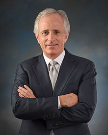 Corker Among Senators to Introduce Law to Keep Families Together | Memphis Flyer