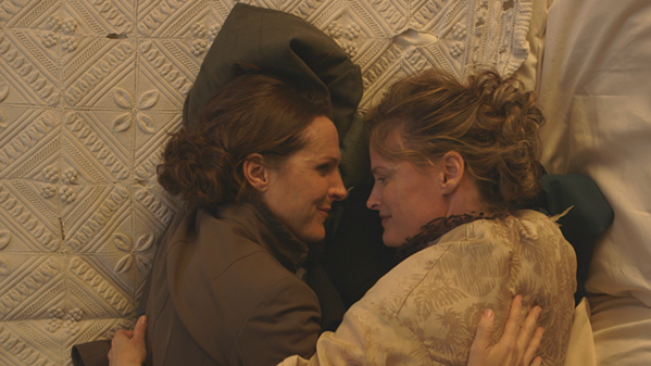 Molly Shannon (left) as Emily Dickinson in Wild Nights With Emily