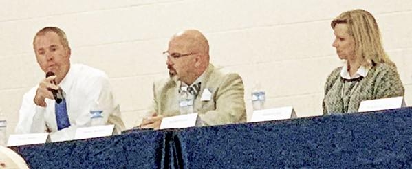 Bunker, Burnett, and Dial at Lakeland forum - JB