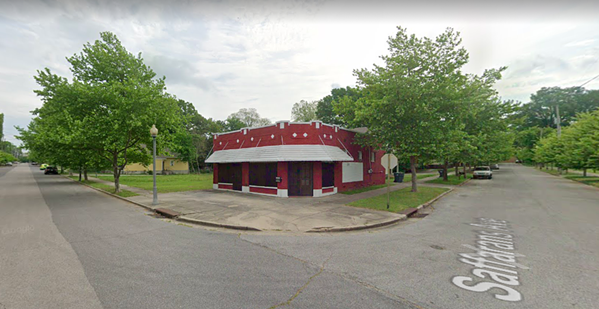 The building's owner says this will not — after all — be the new location of The Dirty Crow Inn. - GOOGLE MAPS