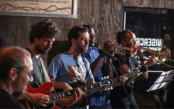 (l-r), Gerald Stephens, Logan Hanna, Adam Holton, Jawaun Crawford, and Victor Sawyer in the Obruni Dance Band - JAMIE HARMON