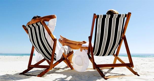 best-beach-chairs-today-main-190612_a12b6b11b05b41383fe256ea.jpg