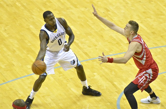 """Is JaMychal Green the odd man out of this supposed """"shortened rotation""""? - LARRY KUZNIEWSKI"""