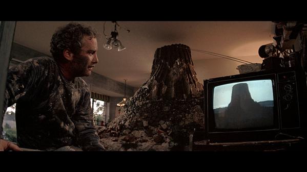 Richard Dreyfuss as Roy Neary, model maker.
