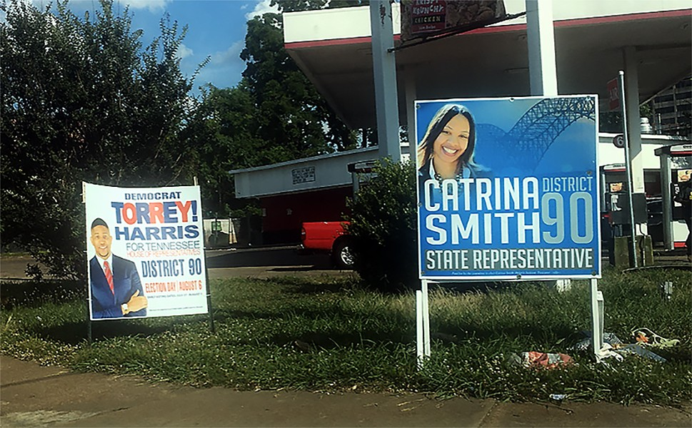 signs_for_torrey_harris_and_catrina_smith.jpg