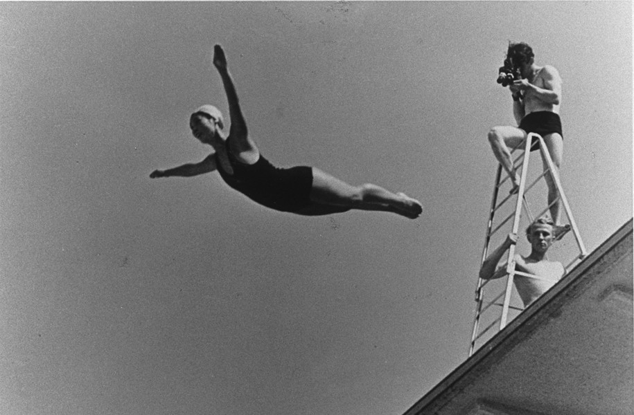 Leni Riefenstahl filming the famous diving sequences for Olympia in 1936,
